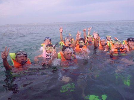Diving dan snorkeling adalah salah atu tujuan utama wisata ke Pulau Seribu (foto: dokumentasi pribadi)