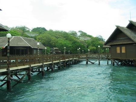 Salah satu pemandangan Pulau Ayer yang menawan